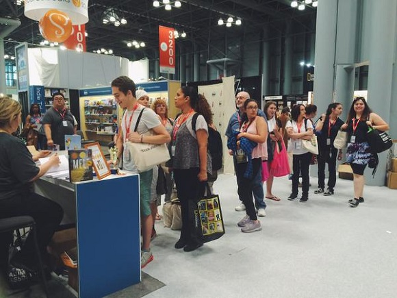 IBPA member Selene Castrovilla signed copies of her newest book, Melt, during BookExpo / BookCon 2015 in New York City. Her line went all the way around the corner!